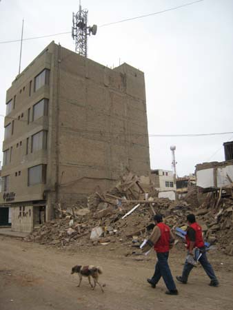 August 2007, Pisco, Peru earthquake, a six-storey confined masonry building remained undamaged